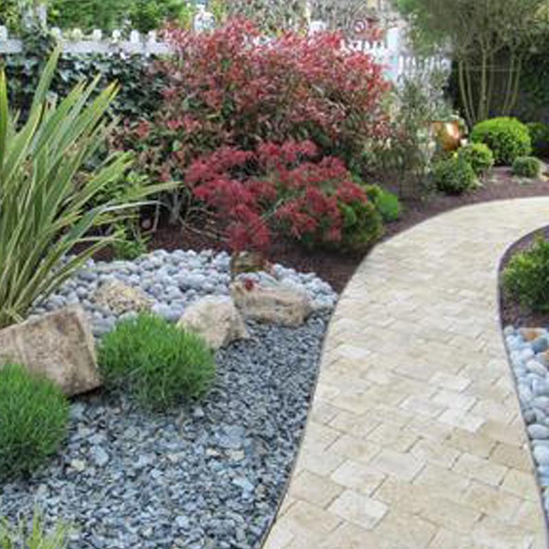 Am nagement de jardins deauville brize espaces verts for Recherche entretien jardin